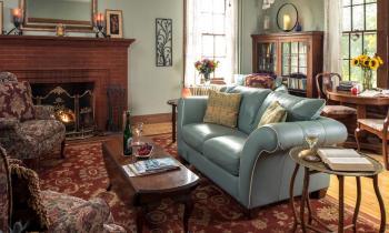 Manor House Livingroom
